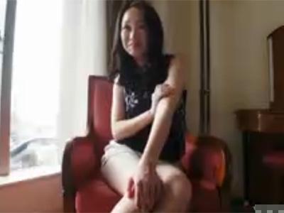 【若妻動画】夫とはご無沙汰な20代素人奥様がAV出演に自ら応募⇒久々のSEXで何度も痙攣しながらイキ果てる!