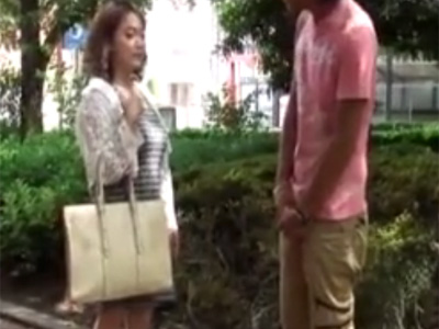 【ナンパ熟女動画】街中で声を掛けた50代素人の美人過ぎるDカップ奥様をホテルに連れ込みハメ撮り中出しSEX!