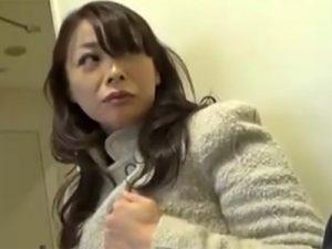 【ナンパ熟女動画】「お願い!中に出して!」10年ぶりのSEXに理性が吹き飛び腰フリが止まらない五十路奥さんwww