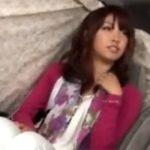 【ナンパ熟女動画】街中で小悪魔美人奥様を捕まえロケ車で謝礼渡し電マ責め⇒ラブホで無許可中出し!