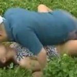 【レイプ熟女動画】田舎の農家に嫁いだ30代美人奥さんが村の男達に野外セックスで中出し強姦される!