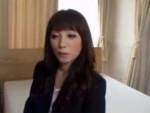【五十路熟女動画】ご無沙汰なスリム素人美人奥さんがAV出演⇒久々に旦那以外のチンポで本気セックス!