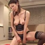 【四十路熟女動画】Eカップ巨乳でスタイル良くて長身美人妻が全身ローションで激しい本気セックス!