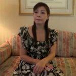 【五十路熟女動画】昔からAVに興味が有り自ら応募してきた性欲盛んな美人妻⇒中出し本気セックス!