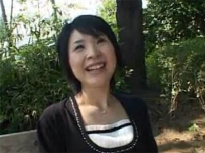 【三十路熟女動画】旦那のSEXに満足出来ずプロの技を求めてAV出演を決意したドスケベな素人奥様!