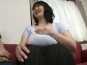 【四十路熟女動画】Gカップ巨乳の40代素人豊満奥様が刺激を求めてAV出演⇒久しぶりのSEXで喘ぎ声が半端なかった!