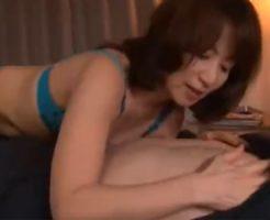 【牧原れい子熟女動画】ドスケベな五十路巨乳美熟女が童貞君にSEXを優しく教え込む!