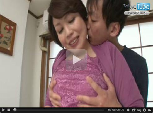 【五十路熟女動画】ショートカットの豊満な巨乳奥さんがAV出演…他人棒を久しぶりに味わい生中出し!