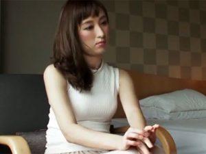 【三十路熟女動画】モデル体型の超美人奥様がAV出演⇒欲求不満を爆発させて乱れ狂う!