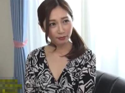 【佐々木あき熟女動画】完璧ボディの三十路美熟女が極上サービスで男性を癒して本気SEXで射精させる!