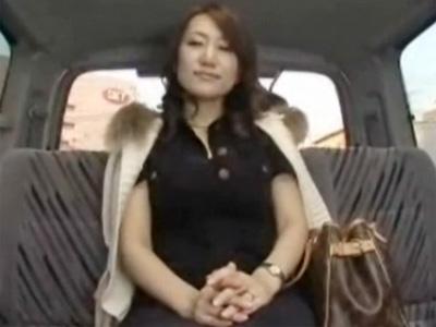 【ナンパ熟女動画】買い物中の四十路素人美乳奥様を謝礼で捕獲⇒旦那以外の他人棒で中出しSEX!