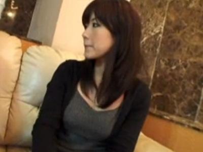 【ナンパ熟女動画】買い物中の四十路素人の綺麗なセレブ妻をゲッド⇒ラブホに誘い込み中出しセックス!