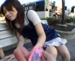 【三十路熟女動画】30代素人妻が公園でリモコンバイブに失禁⇒自宅で濃厚ハメ撮りセックス!