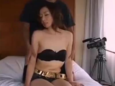【五十路熟女動画】ドスケベな素人スリム貧乳美人妻がハメ撮りセックスで淫らな姿を晒しまくる!