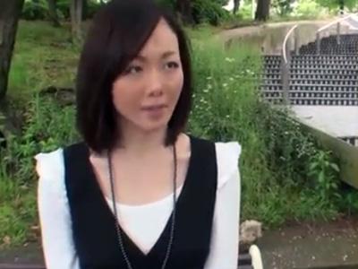 【不倫熟女動画】三十路素人の色白美乳奥さんが横浜中華街でデートを楽しむ⇒シティーホテルで濃厚SEX!