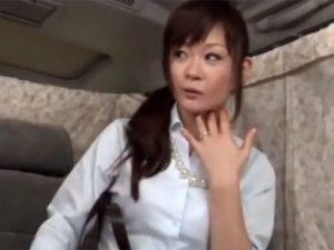 【ナンパ熟女動画】40代素人の綺麗な奥様を捕まえ車内に連れ込む⇒セックスに持ち込めずフェラ抜き口内発射!