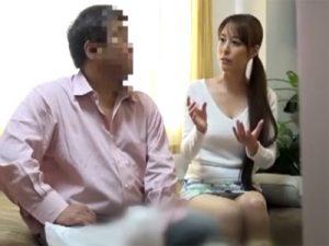 【盗撮熟女動画】バイト終わりに一緒に宅飲みしたスレンダー巨乳妻と中出しセックス!
