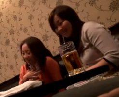 【ナンパ熟女動画】2人組の40代素人美人妻を捕まえ居酒屋で酔わせてホテルで中出しハメ撮り!