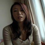 【三十路熟女動画】性欲旺盛な32歳素人巨乳人妻が興味本位で旦那以外のチンポで中出しハメ撮りSEX!