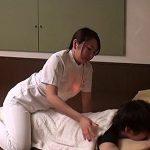 【盗撮熟女動画】ビジネスホテルの美熟女マッサージ師にムラムラして本番交渉した結果…