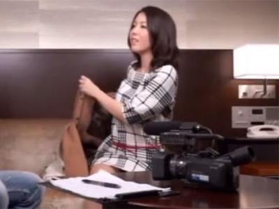 【三十路熟女動画】勝負下着を履いて気合十分の美女巨乳奥様がAV出演⇒久々のSEXでハメ撮り中出し!