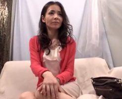 【ナンパ熟女動画】ストレス抱えた三十路美魔女にお酒と媚薬で理性崩壊させ中出しSEX!
