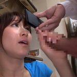 【川上ゆう熟女動画】美人母親のオナニーを隠し撮りした息子が脅してチンポをフェラさせて口内射精!
