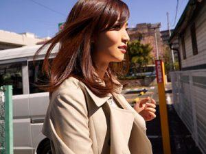 【並樹ひかり若妻動画】究極のスレンダーGカップボディの美人妻が旦那に内緒でAVデビュー!
