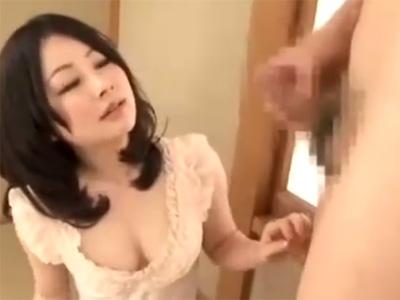 【センズリ鑑賞若妻動画】Dカップ美人妻が誘惑しながら相互オナニー&フェラで射精に導く!