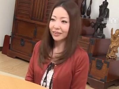 【四十路熟女動画】40代には見えない巨乳奥さんが旦那に浮気されて腹いせに他人棒で本気SEX!