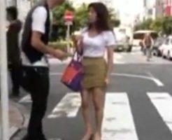 【ナンパ熟女動画】ミニスカ履いた60歳素人の還暦おばさんを捕獲…ラブホでハメ撮り中出し!