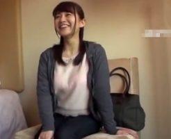 【不倫熟女動画】30代の大人しそうな巨乳妻がシティホテルで他人棒に絶頂!