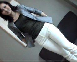 【三十路熟女動画】スリムでスタイル抜群の色気ある美熟女がハメ撮りセックス!