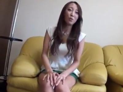 【三十路熟女動画】細身で巨乳過ぎる9頭身美人妻がAV出演…初の生ハメ体験でイキ狂う!