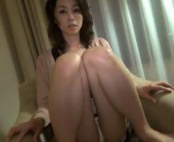 【四十路熟女動画】素人美熟女のパンチラを堪能してセックスまで口説き落としてハメる!