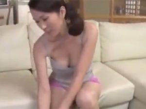 【近親相姦熟女動画】娘夫婦と同居してる義母が娘婿と一線を越えて禁断SEX…背徳感とスリルに大暴走!